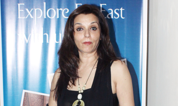 Lilette Dubey arrives to watch English play 'Black Comedy'