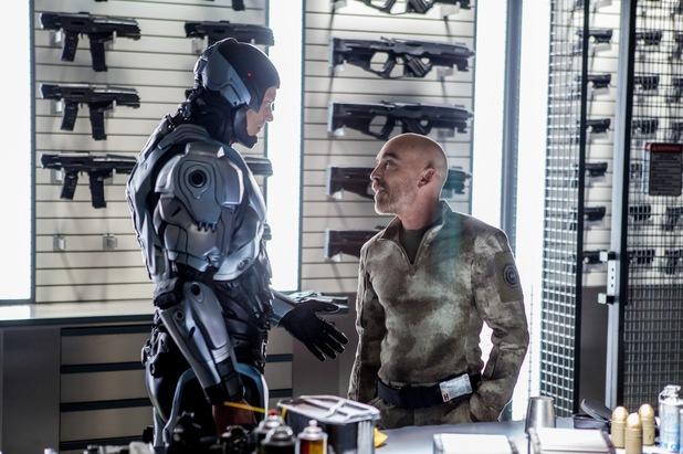 RoboCop Joel Kinnaman Jackie Earle Haley