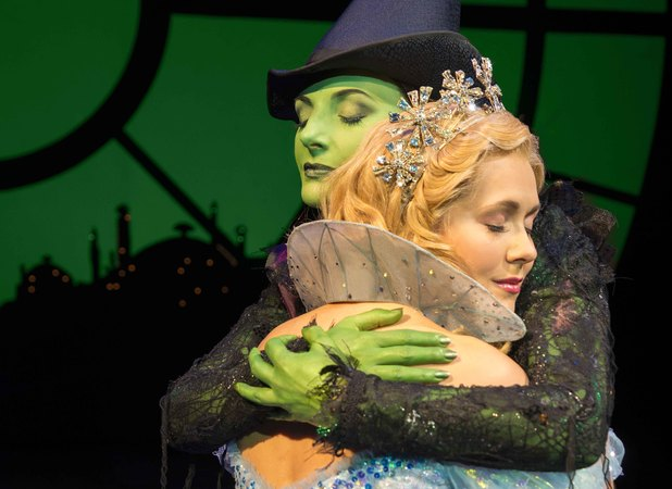 Savannah Stevenson and Willemijn Verkaik as Glinda and Elphaba