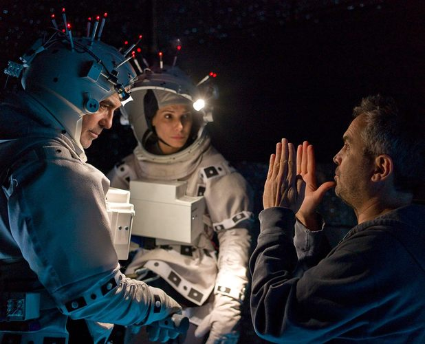 Gravity: Behind the scenes pictures