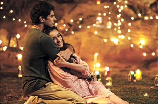 Aditya Roy Kapoor and Shraddha Kapoor in Aashiqui 2