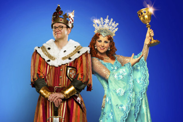Joe Pasquale in a Spamalot promotional picture