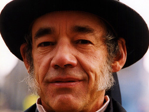 Roger Lloyd Pack in 'Oliver Twist' - 1999 1999