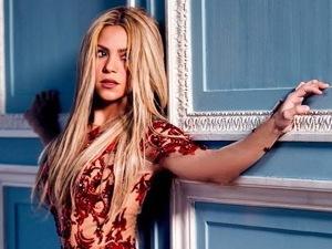 Shakira press shot 2014.