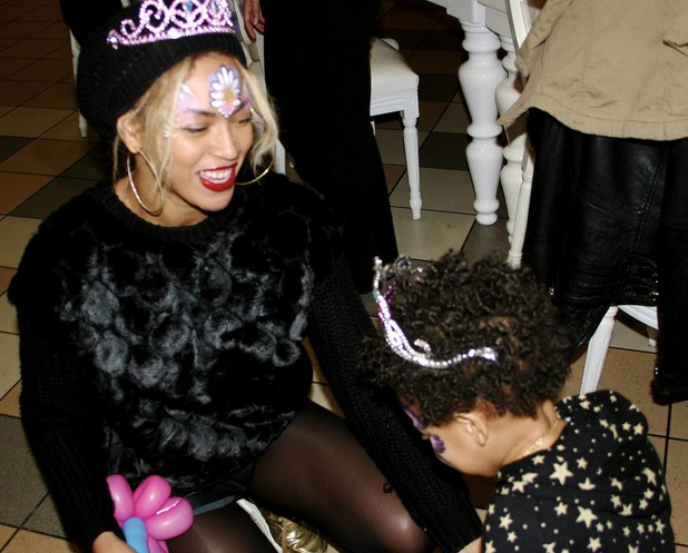 Beyoncé at Blue Ivy's jungle birthday party
