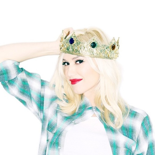 Gwen Stefani confirms she is pregnant