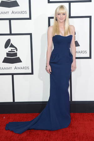 Anna Faris arriving at the 56th annual Grammy Awards