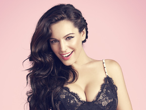 Kelly Brook's Valentines lingerie collection