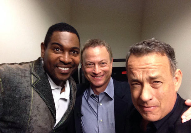 Tom Hanks has a Forrest Gump reunion with Gary Sinise and Mykelti Williamson