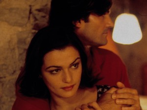 Rachel Weisz & D W Moffett in Stealing Beauty (1996)
