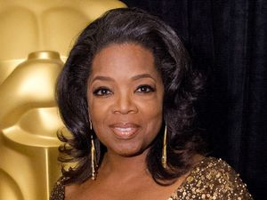 Oprah Winfrey with the Jean Hersholt Humanitarian Award