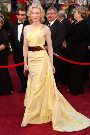 THE 77TH ACADEMY AWARDS, LOS ANGELES, AMERICA - 27 FEB 2005 Cate Blanchett 27 Feb 2005