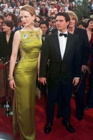 OSCAR ACADEMY AWARDS CEREMONY, AMERICA - 1997 TOM CRUISE AND NICOLE KIDMAN