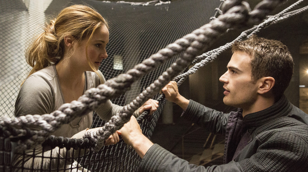 Theo James and Shailene Woodley in Divergent