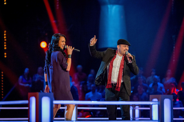 Elesha Paul Moses and Gary Poole battle on The Voice