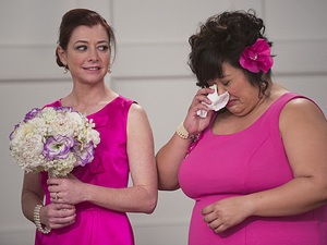 Alyson Hannigan as Lily & Ellen Williams as Patrice in How I Met Your Mother: 'The End Of The Aisle'
