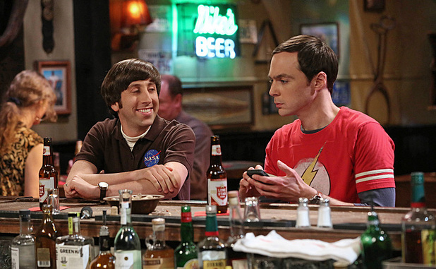 Simon Helberg as Howard and Jim Parsons as Sheldon in The Big Bang Theory: 'The Mommy Observation '