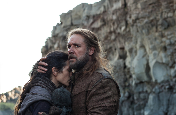 Russell Crowe, Jennifer Connolly in Noah