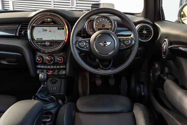 The new 2014 Mini interior