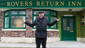 Soap Scoop! Les Dennis arrives on Corrie, and Belle confesses on Emmerdale