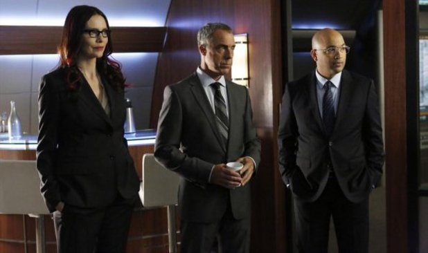 Saffron Burrows, Titus Welliver & Max Hernandez in Marvel's Agents of S.H.I.E.L.D S01E16: 'End Of The Beginning'