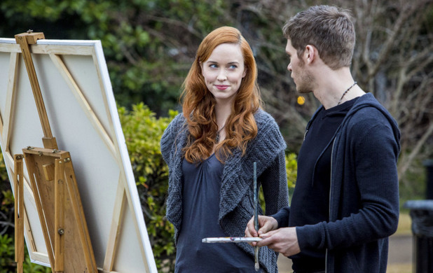 Joseph Morgan as Klaus and Elyse Levesque as Genevieve in The Originals S01E17: 'Moon Over Bourbon Street'