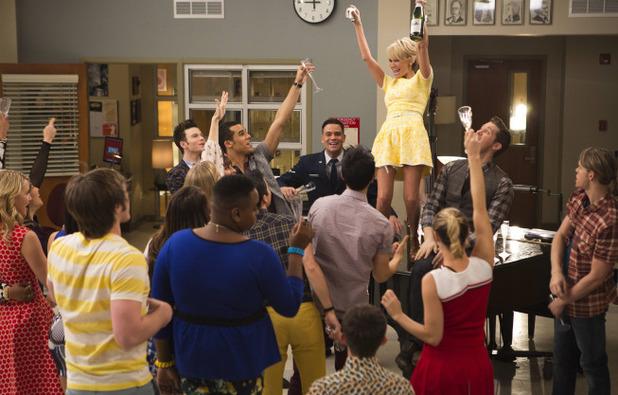 Kristin Chenoweth as April Rhodes in Glee: '100'