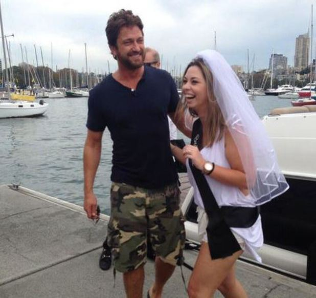 Gerard Butler crashes a Hen party in Sydney Harbour