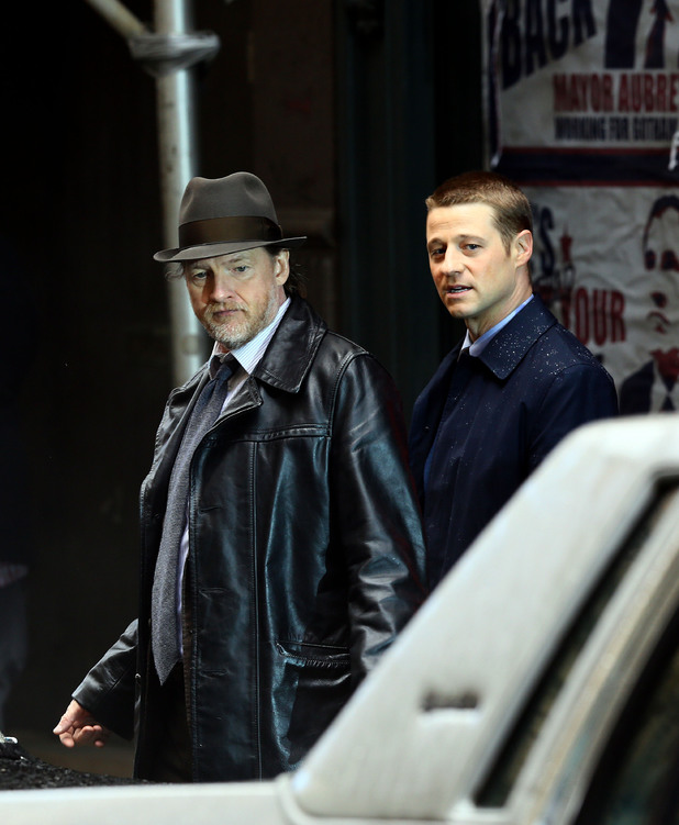 Donal Logue and Benjamin McKenzie