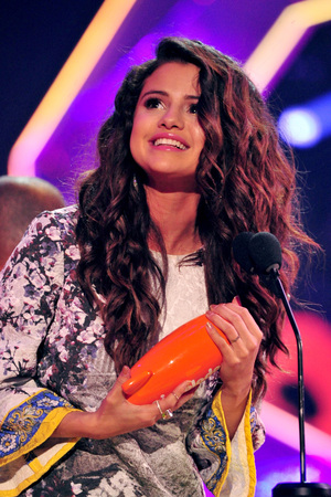 Selena Gomez at the Nickelodeon Kids Choice Awards 2014