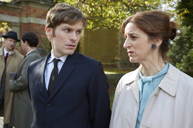 Shaun Evans and Abigail Thaw in Endeavour