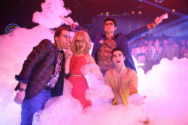 Matthew Morrison as Will, Dianna Agron as Quinn, Harry Shum Jr as Mike and Darren Criss as Blaine in the Glee: 'New Directions '