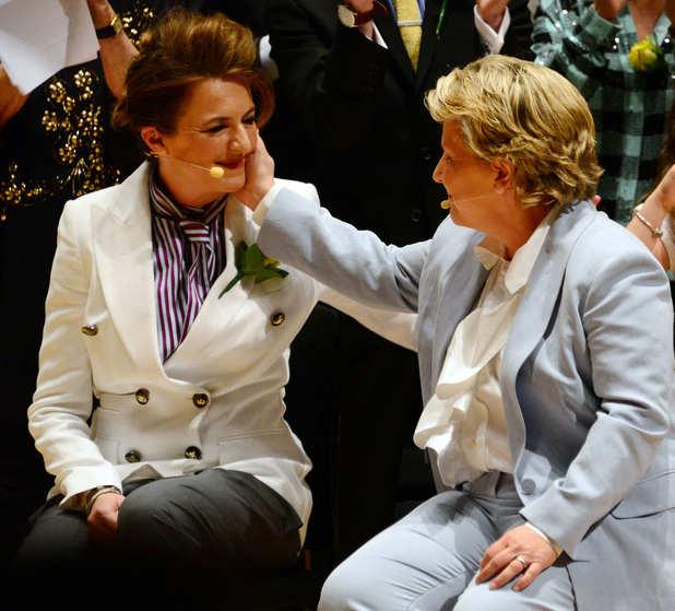 Sandi Toksvig and Debbie Toksvig renew vows