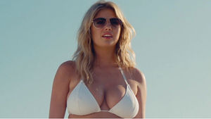 The Other Woman preview clip - Beach Stakeout
