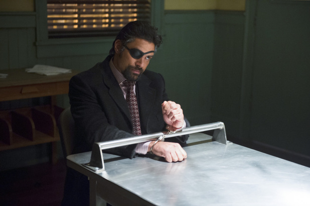 Manu Bennett as Slade Wilson in 'Arrow' S02E18: 'Deathstroke'