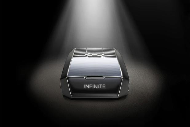 TAG Heuer's Meridiist Infinite smartphone