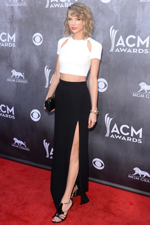 LAS VEGAS, NV - APRIL 06: Singer/songwriter Taylor Swift attends the 49th Annual Academy Of Country Music Awards at the MGM Grand Garden Arena on April 6, 2014 in Las Vegas, Nevada. (Photo by Jason Merritt/Getty Images)