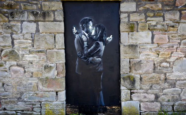 Banksy's Mobile Lovers