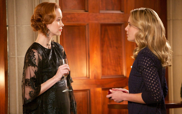 Elyse Levesque as Genevieve and Leah Pipes as Cami in The Originals S01E18: 'The Big Uneasy'