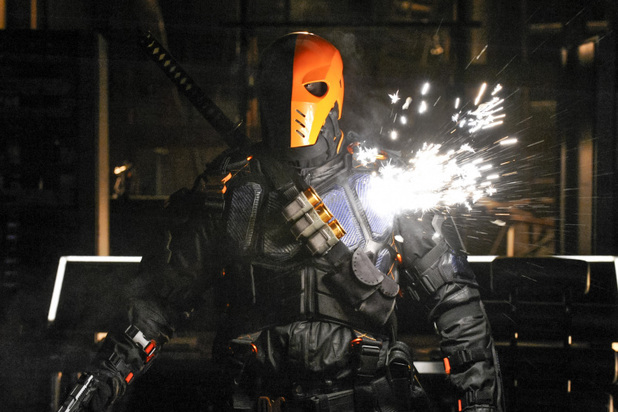 Manu Bennett as Deathstroke in 'Arrow' S02E19: 'The Man Under The Hood'