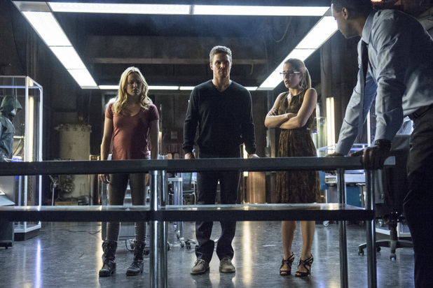 Caity Lotz as Sara Lance, Stephen Amell as Oliver Queen, Emily Bett Rickards as Felicity Smoak and David Ramsey as John Diggle in 'Arrow' S02E20: 'Seeing Red'