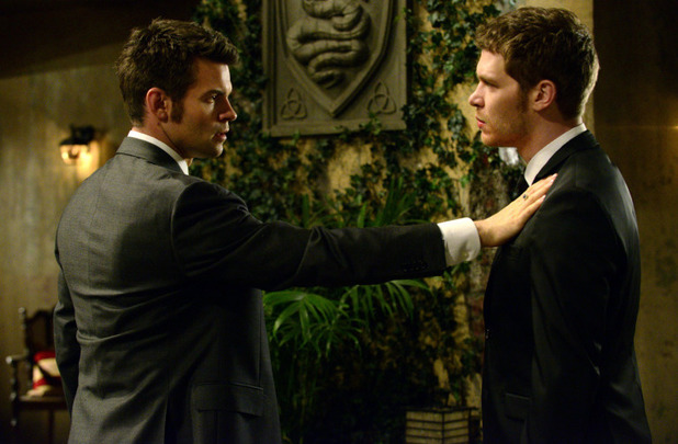 Daniel Gillies as Elijah and Joseph Morgan as Klaus in The Originals S01E20: 'A Closer Walk with Thee'