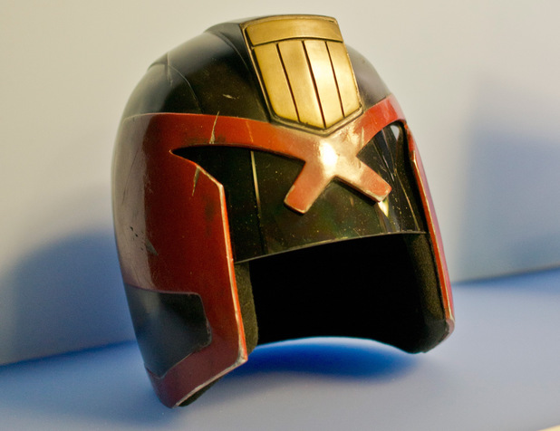Judge Dredd's helmet