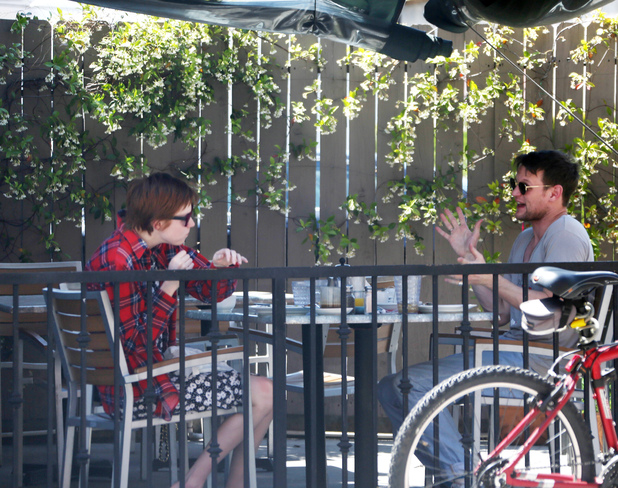 Karen Gillan and Matt Smith eat lunch at Hugo's Restaurant, Los Angeles, America - 29 Apr 2014 Karen Gillan and Matt Smith 29 Apr 2014
