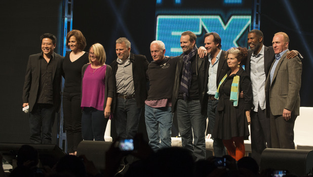 Sigourney Weaver is reunited with the cast of Aliens at the Calgary Comic & Entertainment Expo
