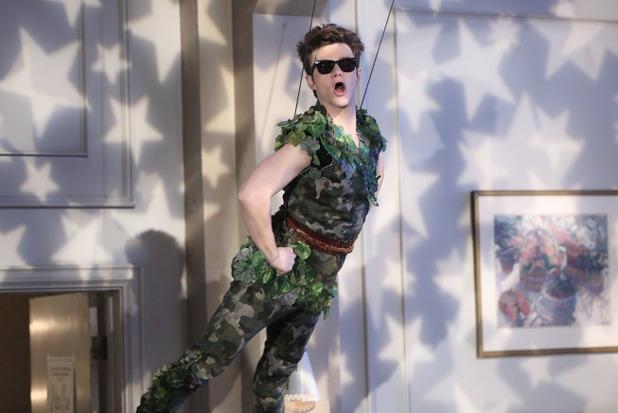 Chris Colfer as Kurt in Glee S05E19: 'Old Dog New Tricks'