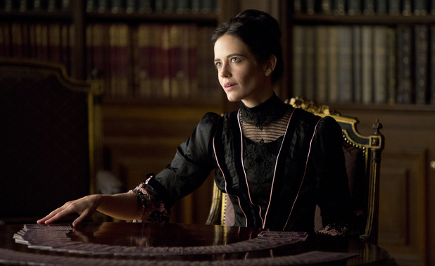 Eva Green as Vanessa in Penny Dreadful