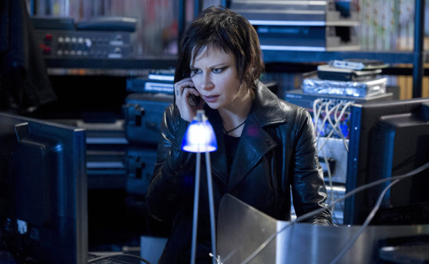 Mary Lynn Rajskub as Chloe in 24: Live Another Day episode 3: '1:00PM - 2:00PM'