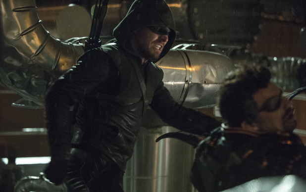 Stephen Amell as The Arrow and Manu Bennett as Slade Wilson in Arrow S02E23: 'Unthinkable'