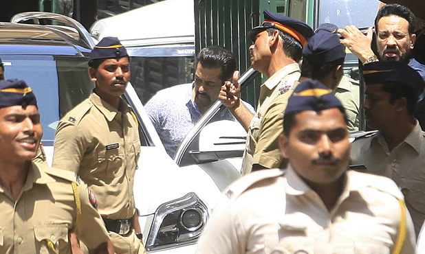 Salman Khan leaves Session court, after the re-trial of a 2002 hit-and-run case will be heard on May 6, 2014 in Mumbai, India.
